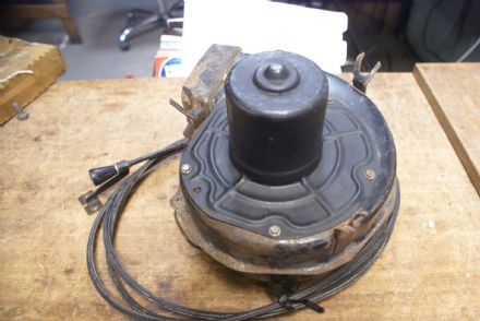 Rear Window Defogger Fan & Housing W/Dash Knob & Cable,GM 5044557,Used
